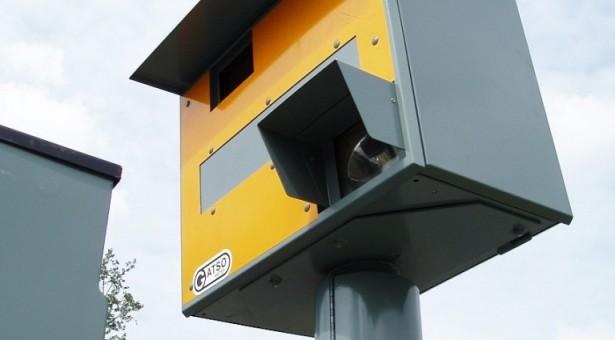 האם ניתן להרשיע בנהיגה במהירות מופרזת רק על סמך מצלמות מהירות?