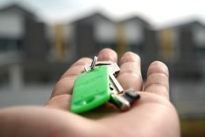 החוק החדש להגבלת שכר טרחת עורך דין בקניית דירה