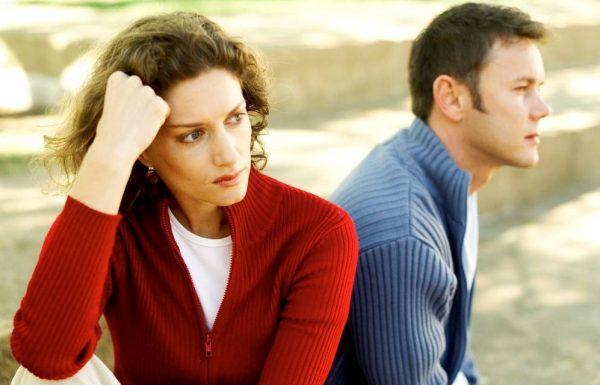 """פנייה לעו""""ד לשם גירושין – היבטים מקצועיים ורגשיים"""