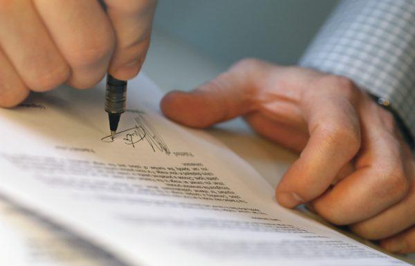 """הליך משפטי בחו""""ל? כך תימנעו מטעויות בתרגום מסמכים משפטיים"""